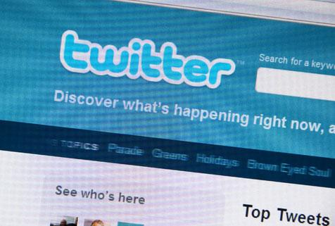 twitter-logo-101110-01